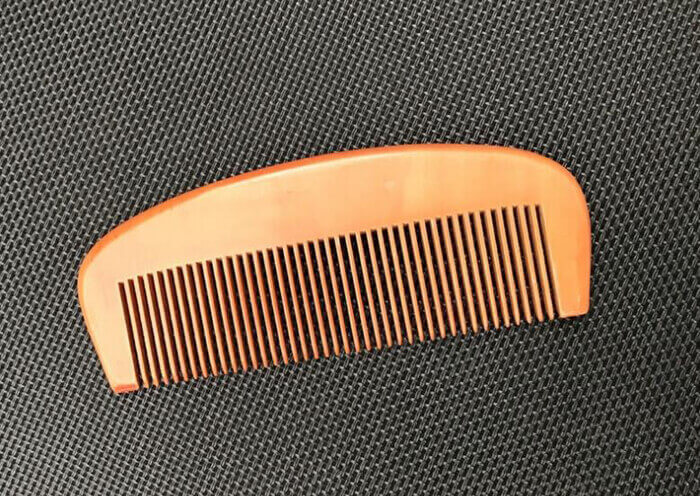 antistatic anti dandruff wide tooth comb for beard and hair HYcomb182 02