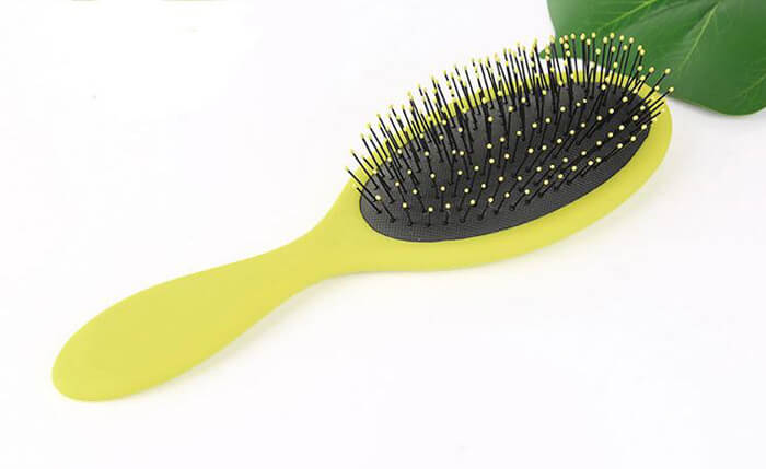 <a href=http://www.hybarbersalonsupply.com/product/Custom-hair-brush-with-logo-brush-candy-airbag-comb-fine-needle-massage-comb-scrub-brush-oil-spray-hair-comb-hair-comb.html target='_blank'>Custom hair brush</a> with logo, Custom wet brush, customized hair comb 05